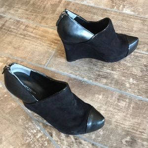 Ann Taylor size 6.5 black suede/ leather wedges